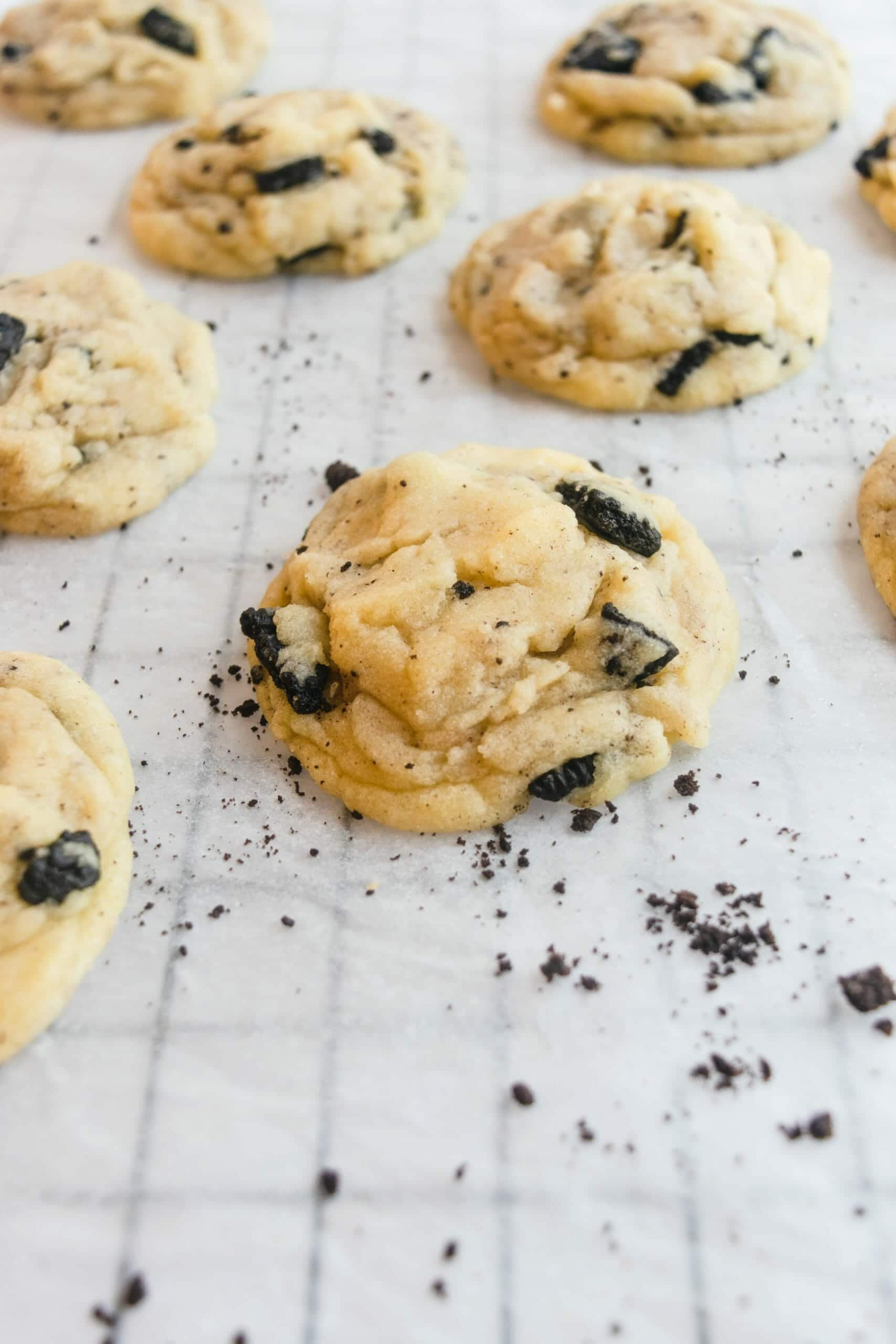 Cookies and Cream Stuffed Cookies
