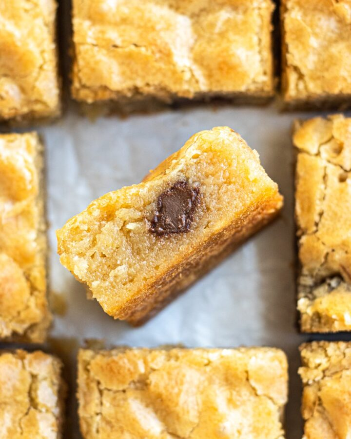 overhead view of chocolate chunk blondies